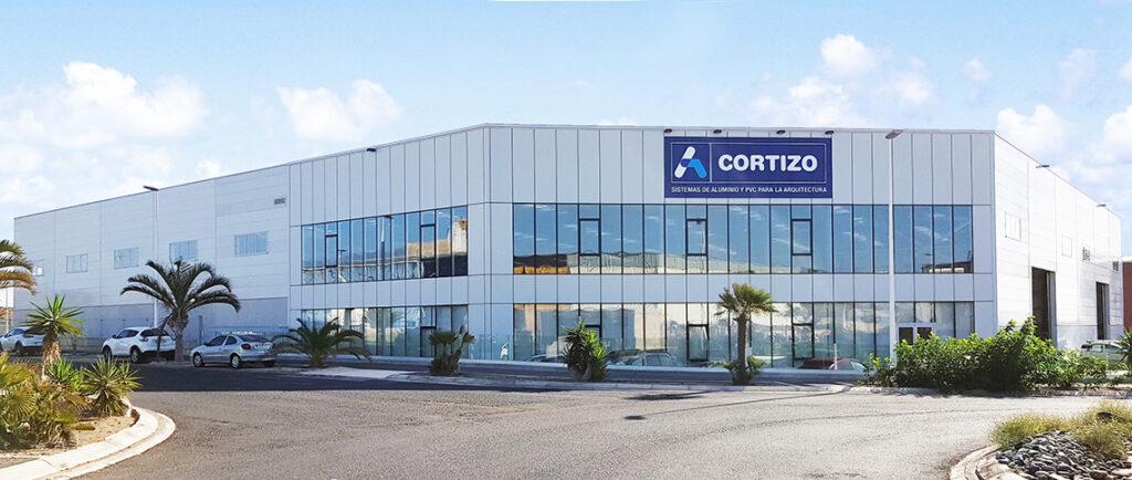 CORTIZO invierte 2,8 millones en su HUBb para la distribución de sistemas de aluminio y PVC en Tenerife